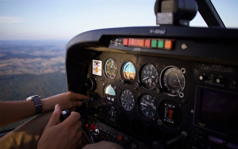 Catch Your Dream of Becoming a Pilot